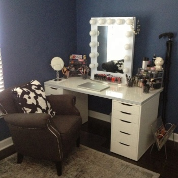 Hollywood Style Lighted Makeup Vanity Mirror With Led Light