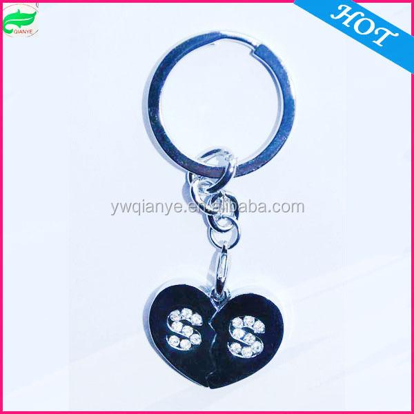 fashion rhinestone s letter keychains with heart shape