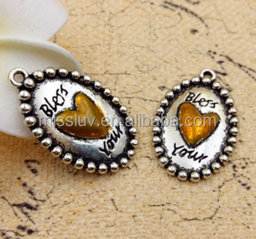 High quality custom logos on cheap price oval relief heart charms bulk