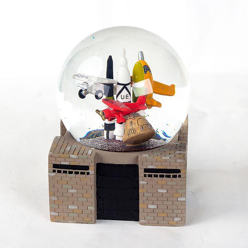 45mm Kenya Souvenirs Bus Model Snow Globe Resin Crafts Snowball