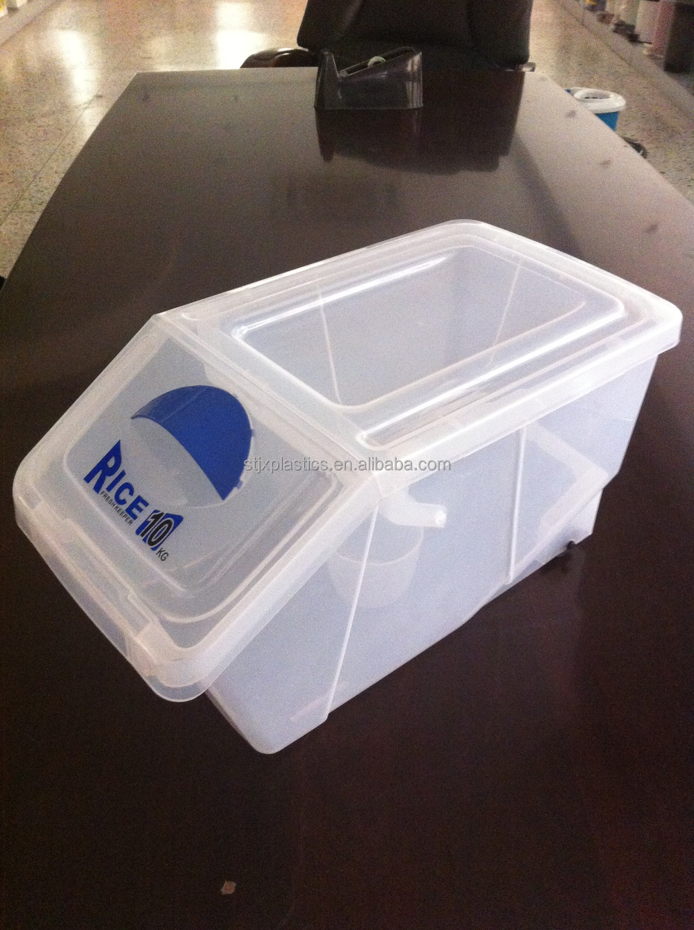 10kg Plastic Rice BinFood Storage Container With Flip Lock Lid