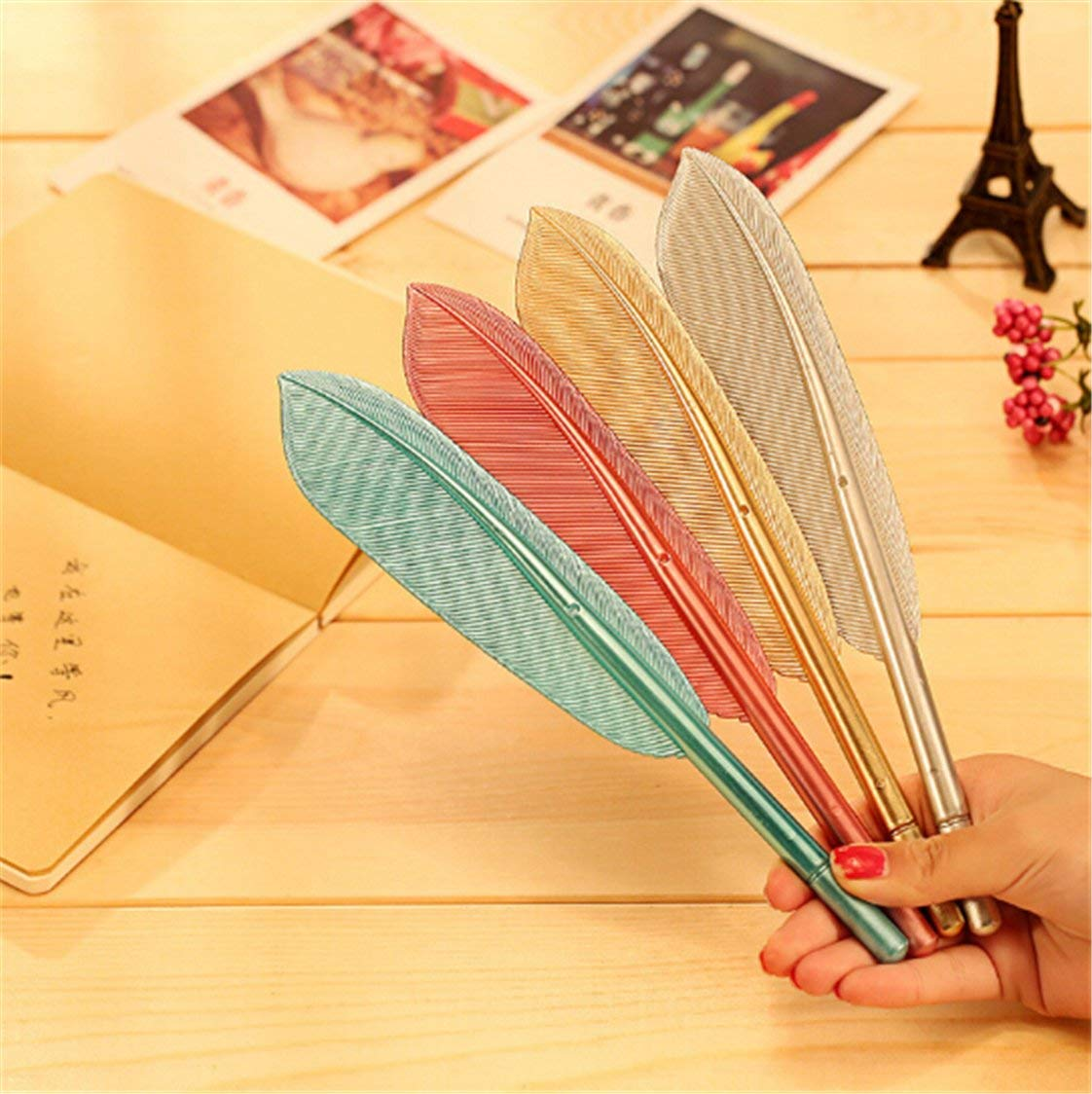 Heyuni. 1pc Unique Rollerball Pen, Cute Wing Feather Ballpoint Ink Pens Gel Pens Creative Stationery Student Gift (Random Color)