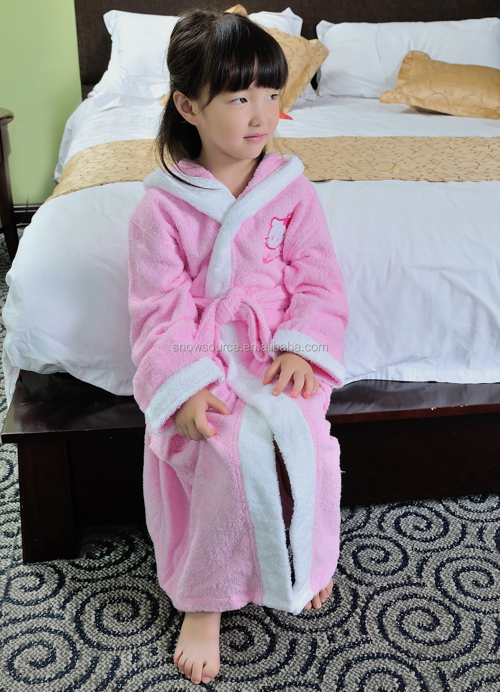 a7f2840db2 Wholesale Pink Satin Warm 100 Cotton Chenille Cheap Girls Robes ...