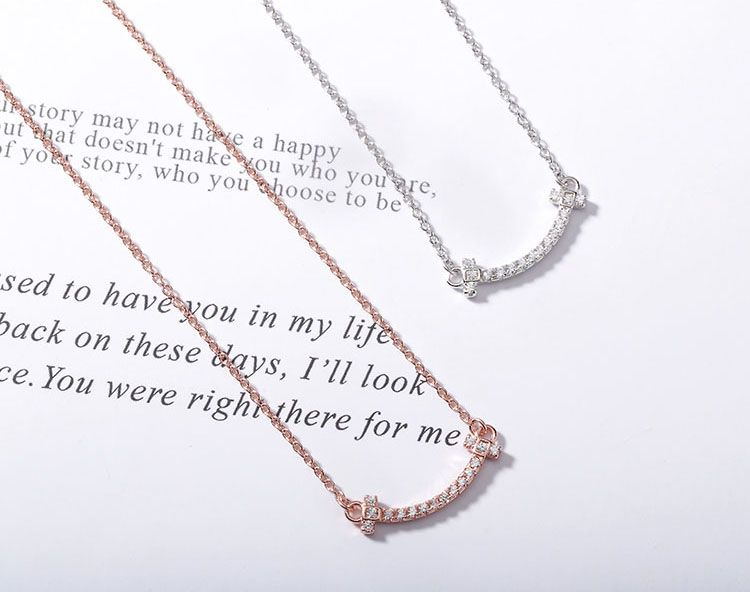 2019 New Fashion Simple Design 14k 18k Smile Women Necklace Jewelry