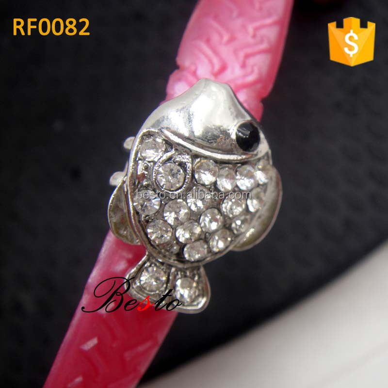New hot sale pretty small crystal seafish flip flop shoe clip for slipper