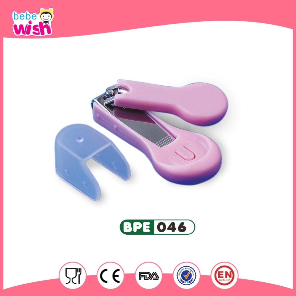 Professional nail clippers with plastic cover