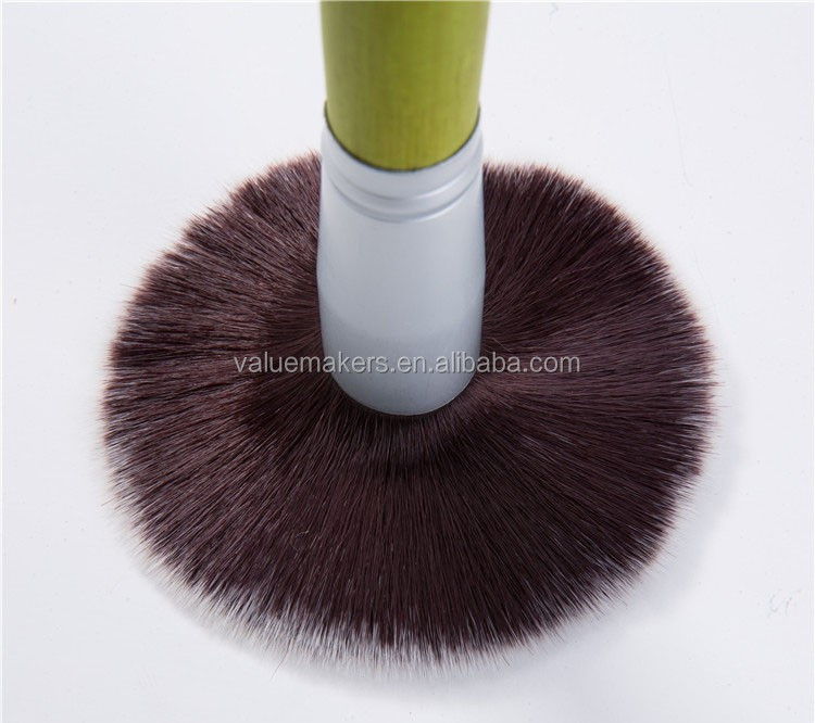professional green classical printing style makeup brush