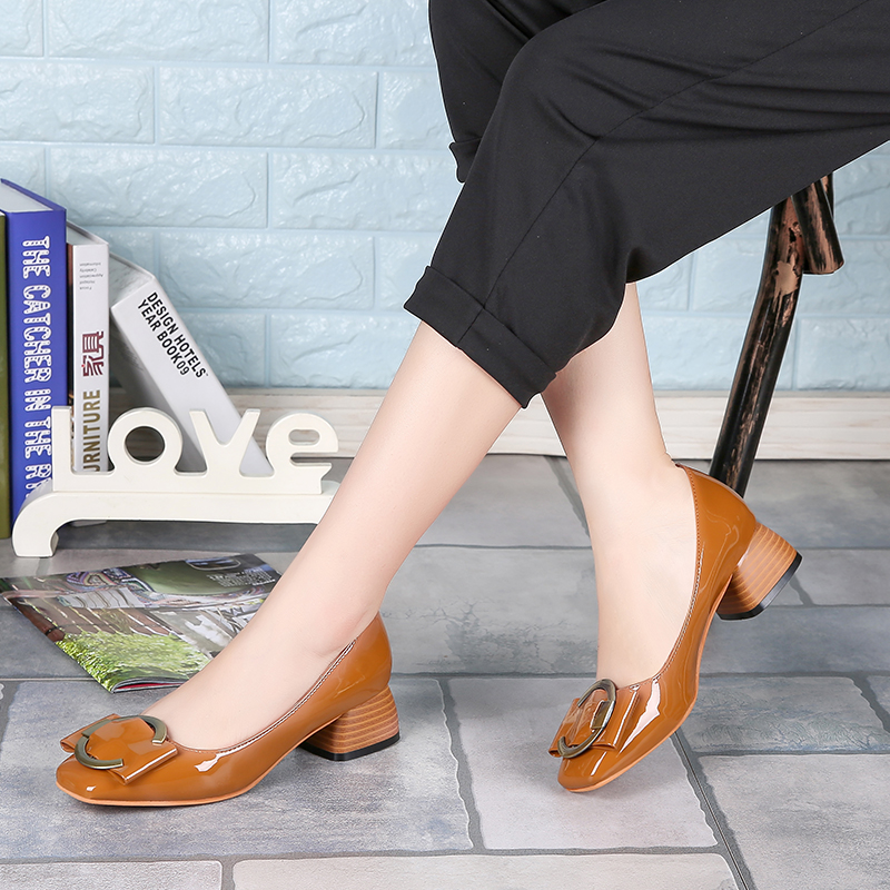 Direct From China Factory Custom Logo Chaussures En Cuir Femme Wholesale Leather Ladies Low Heel Court Shoe Women Alibaba Shoes