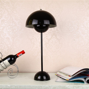 Flowerpot reproduction nordric style iron powder coated white red black table lamp