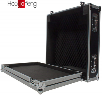 HJF-FC Aluminium flight case. Zou fit CDs of kabels, of rack montage mixer etc etc,