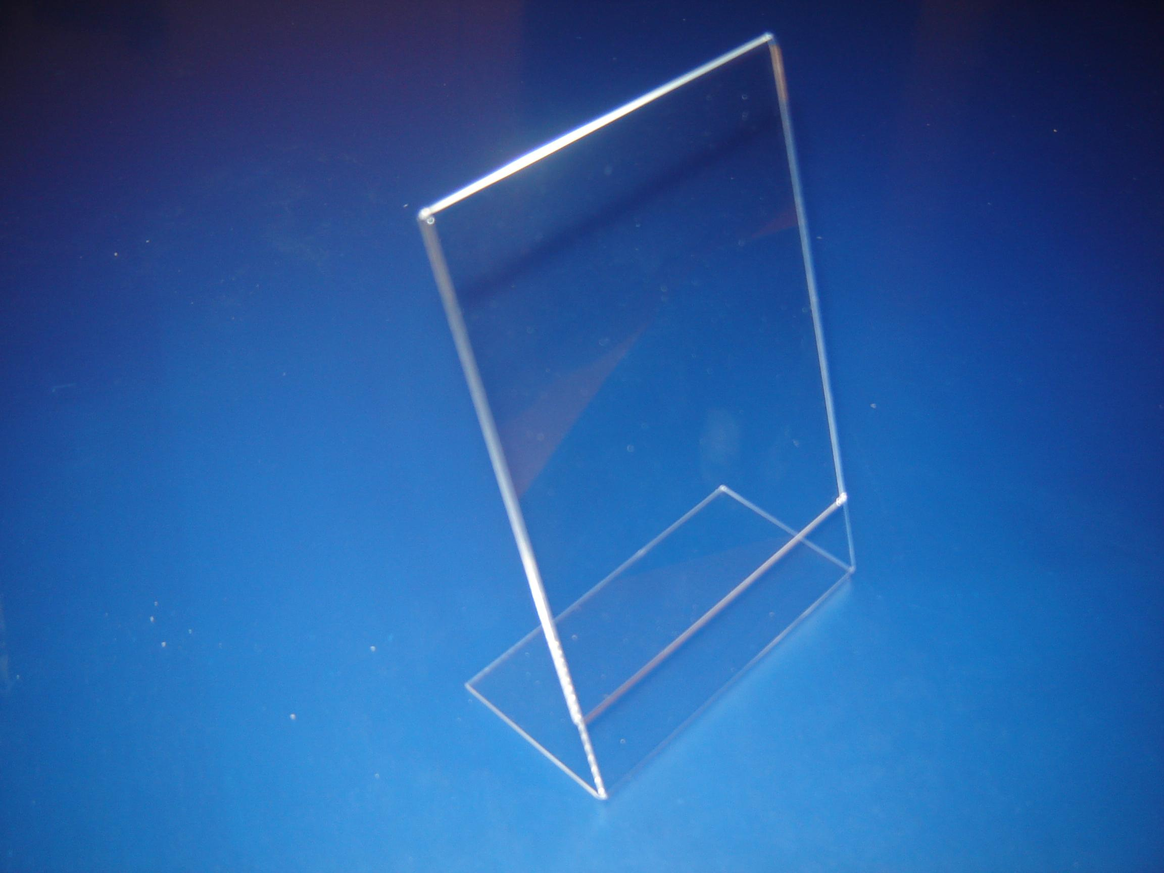 Custo Clear A4 Acrylic Display Stand