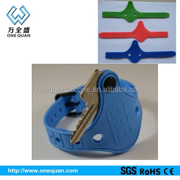 Silicone Bracelet Multiple Key Holder Design