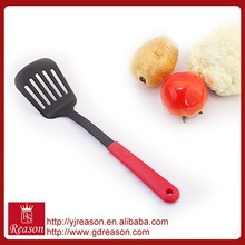 Factory wholesale plastic handle nylon home cooking accessory spatula