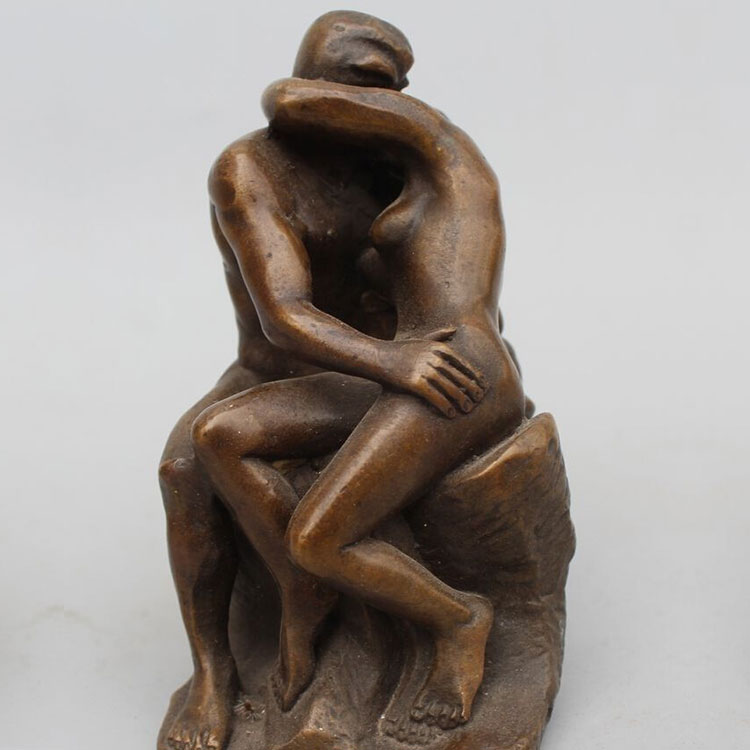 Garden Kiss Bronze Man And Woman Sculpture
