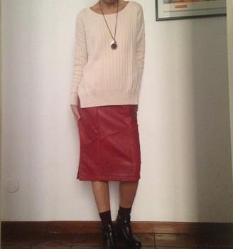b2c6a8bdf89d7b 80 s vintage echt rood leer rok met steekzakken. Vintage leren rok met  pocket
