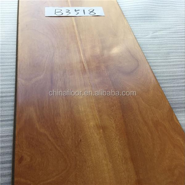 Traditional Living Laminate Flooring
