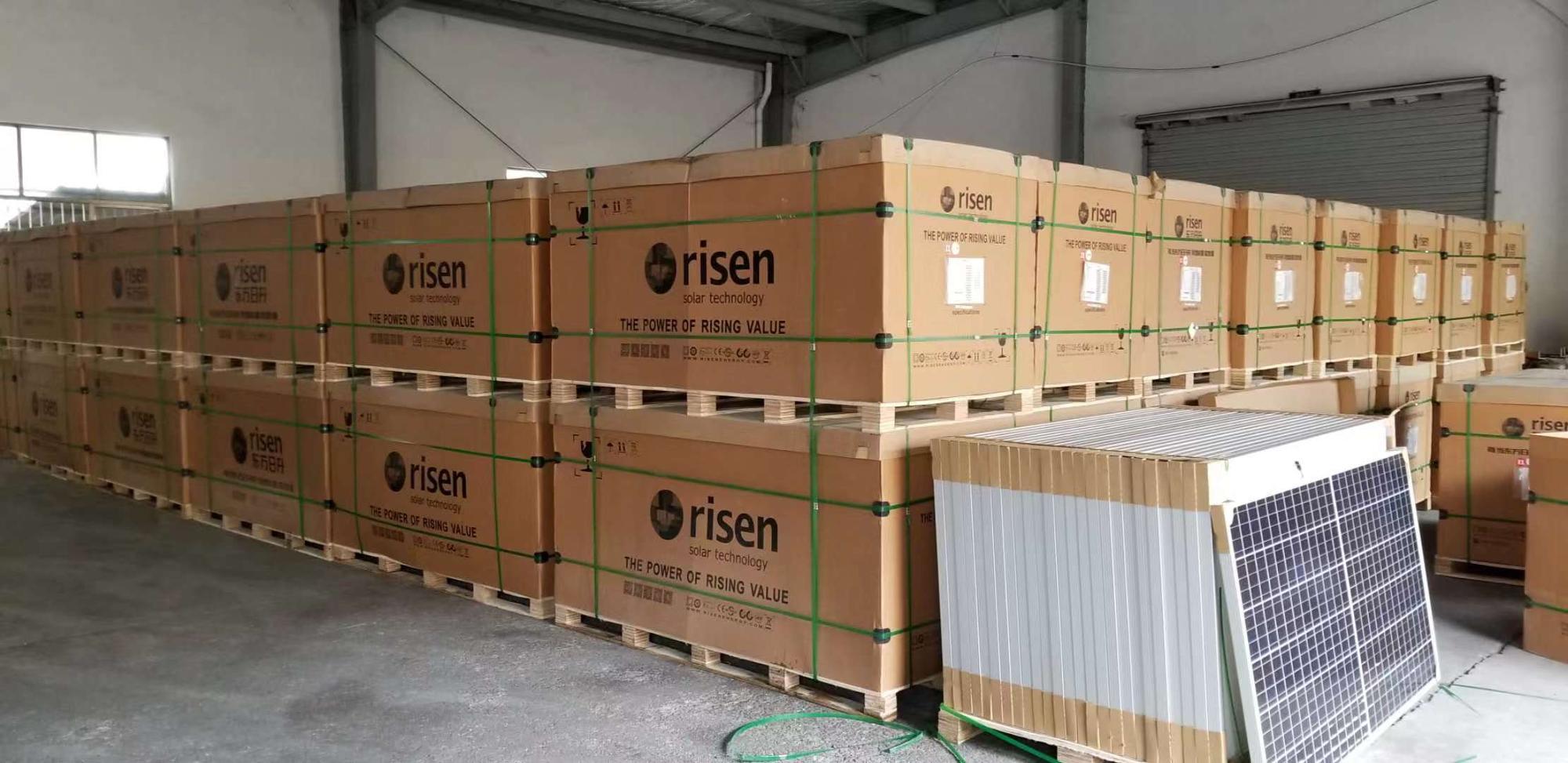 Çin en iyi satış poli güneş panelleri yükseldi güneş/jinko/Trina 330 watt 340 watt 350watt pv güneş paneli stokta