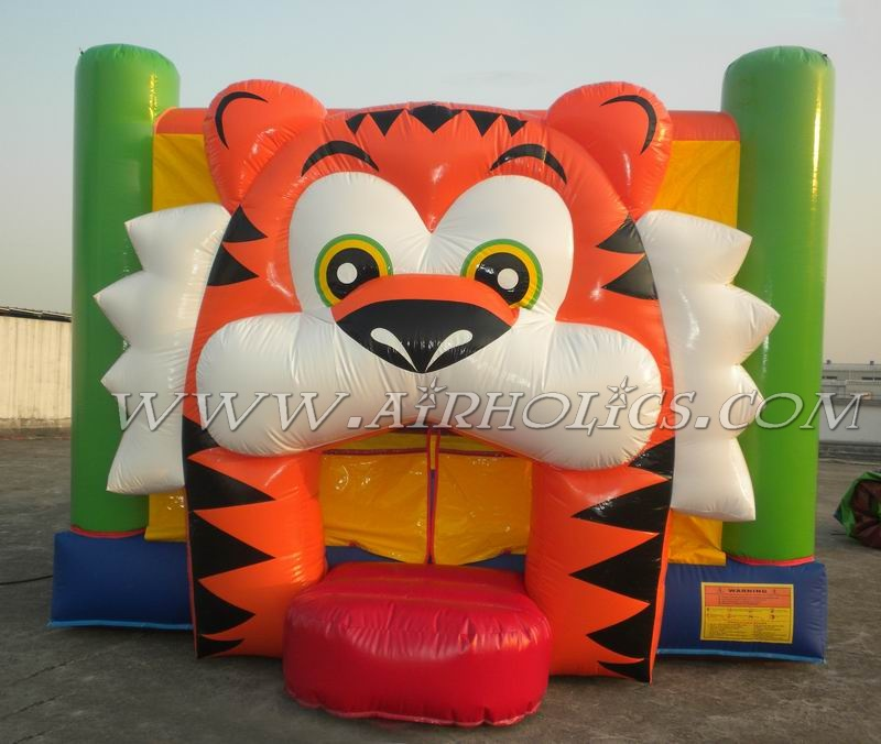 High quality football inflatable bouncer/Inflatable Toys jumping castles for sale A1010