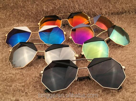 5ea6042fe طلاء ملون عاكس نظارات ماركة نظارات النساء الرجال القيادة مرآة النظارات  والطالبات نقطة المرأة
