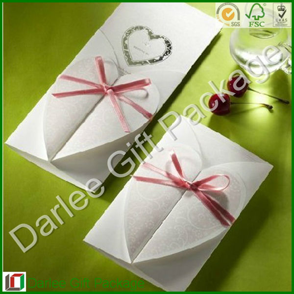 Heart shaped wedding place card,paper wedding card