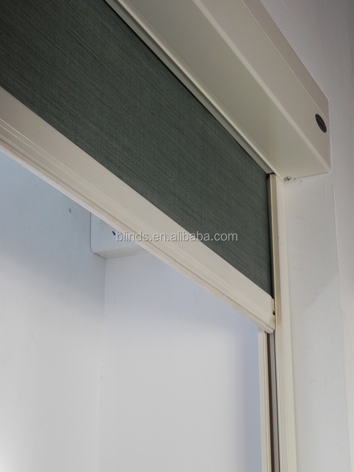 Boxed motorized hotel blackout blinds with side track Motorized blackout shades with side channels