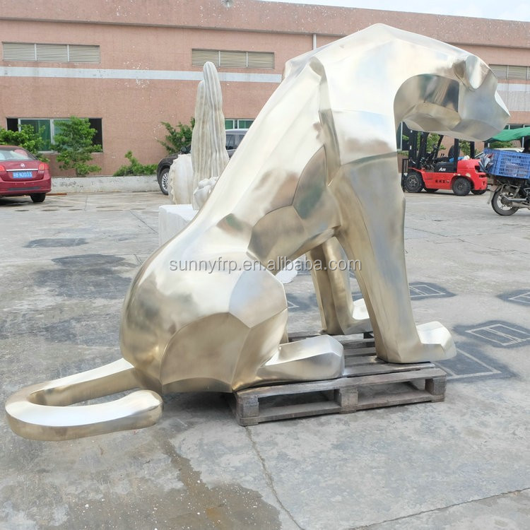 Fiberglass dog sculpture for movie cartoon