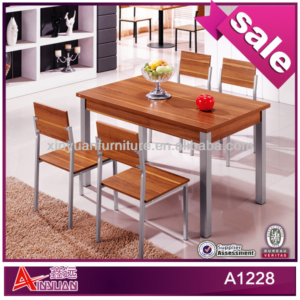 A1228 Foshan Xinyuan furniture wholesale luxury modern 5 piece kitchen table set