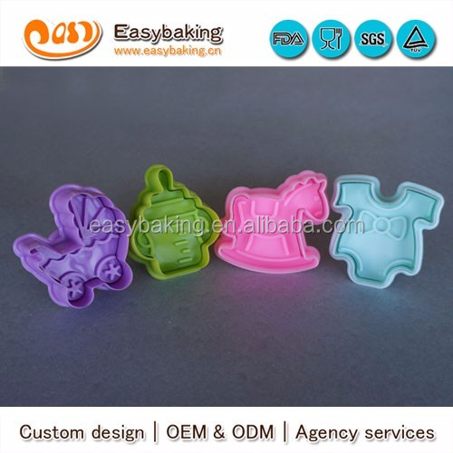 cp-204 strong food grade baby suit stroller cock horse feeder 4 pcs cookie cutter set
