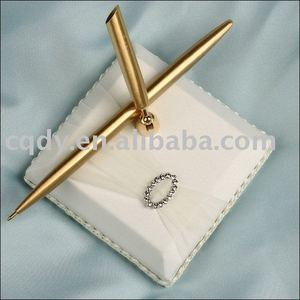 Yarn with rhinestone wedding pen holder guest pen ring pillow wedding accessories