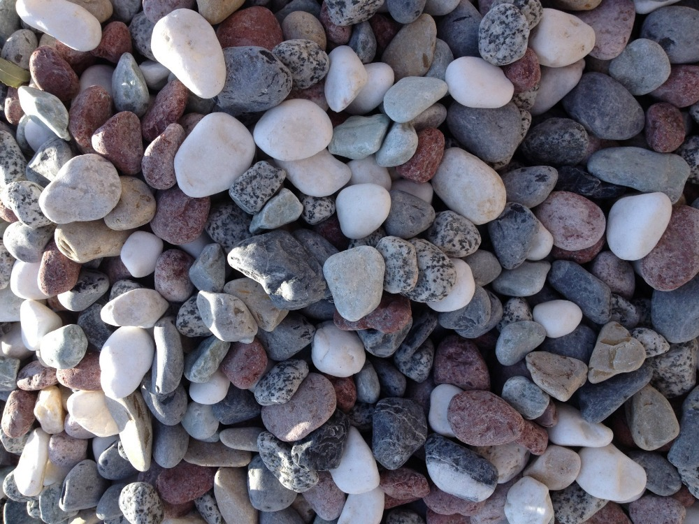 High quality natural color river rock stones and small for Small river pebbles