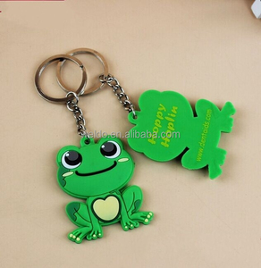 Custom pvc rubber soft key chain promotional gift free sample