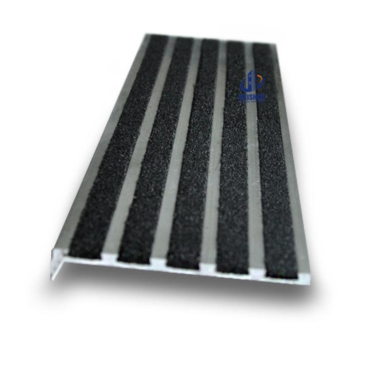 75 10mm Metal Base Decorative Stairs Non Slip Laminate