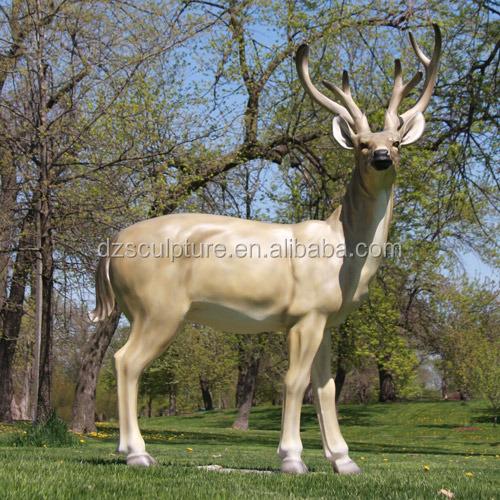 Animale realistiche statua da giardino statua resina renne - Statue da giardino in resina ...