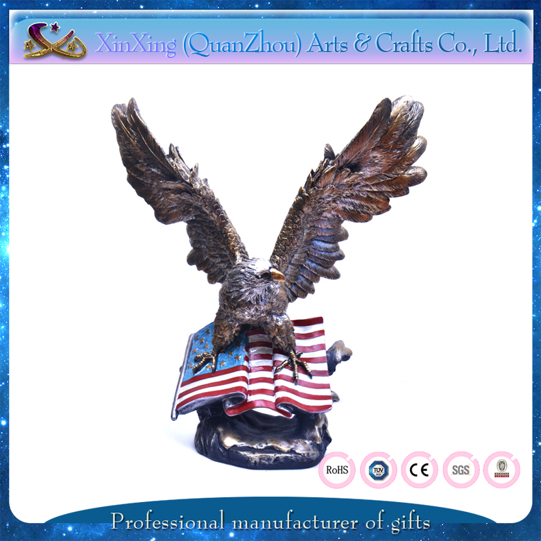 eagle shape modern resin crafts house decoration for souvenir gift