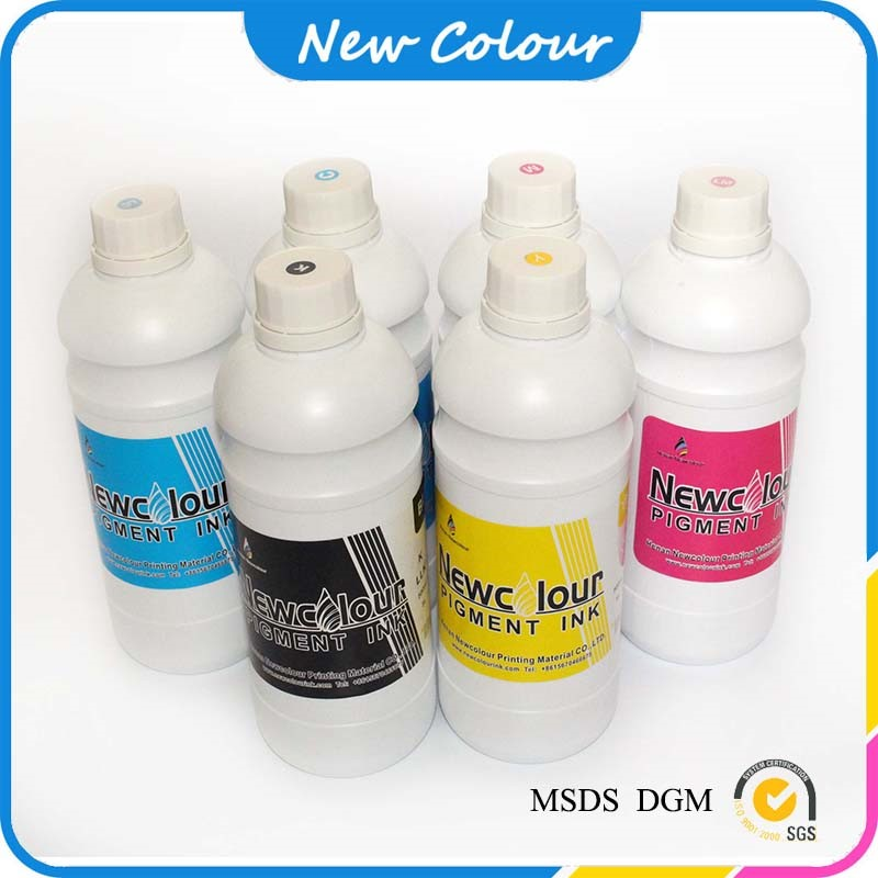Waterbase reflective screen printing ink
