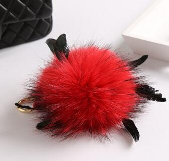 COLORFUL RACCOON FURRY BALL KEYCHAIN FURRY BALL WITH FEATHER CAR DECORATION FASHION CLOTHES ACCESSORIES