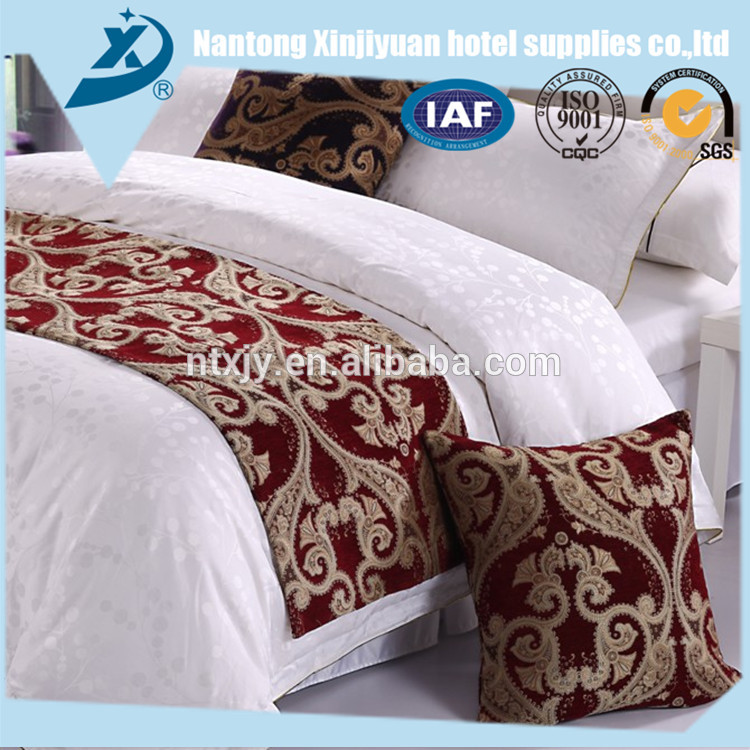 Well Designed embroidered wedding bedding set with best quality and low price