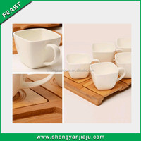 White Porcelain 6-Piece Tea Set With Bamboo Base