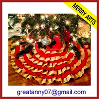 Yiwu Market Manufacturers Wholesale personalized quilted christmas tree skirt flower pattern free