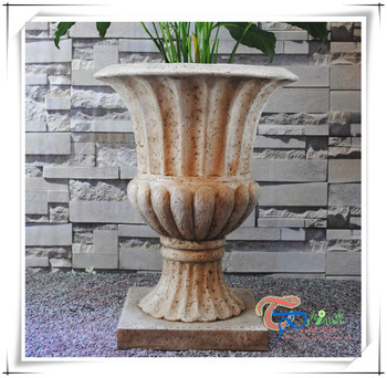 High Quality Resin Garden Planters Garden Urn Planter Wholesale