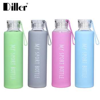 4a23b3c18 Heat-resistant BPA free custom hand blown borosilicate glass water bottle  with silicone sleeve