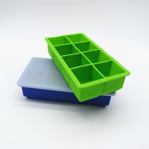 No-Spill Ice Cubes For Cold Drinks Silicone Ice Cube Trays With Lid