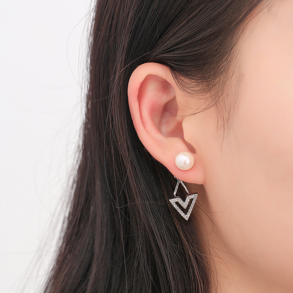 Mytys Latest Design 925 Sterling Silver 귀 커 프 White Clear CZ 및 펄 약혼 또 귀걸이랑 CE418