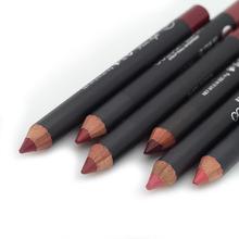 1 pcs Multicolor Partido Rainha Lip Liner Lápis de Sobrancelha lápis de Olho Lábio Maquiagem À Prova D' Água Colorido Cosméticos Lipliner Funcional Caneta
