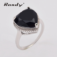Fashion Black Diamond Heart Stone Pure Love Engagement Ring