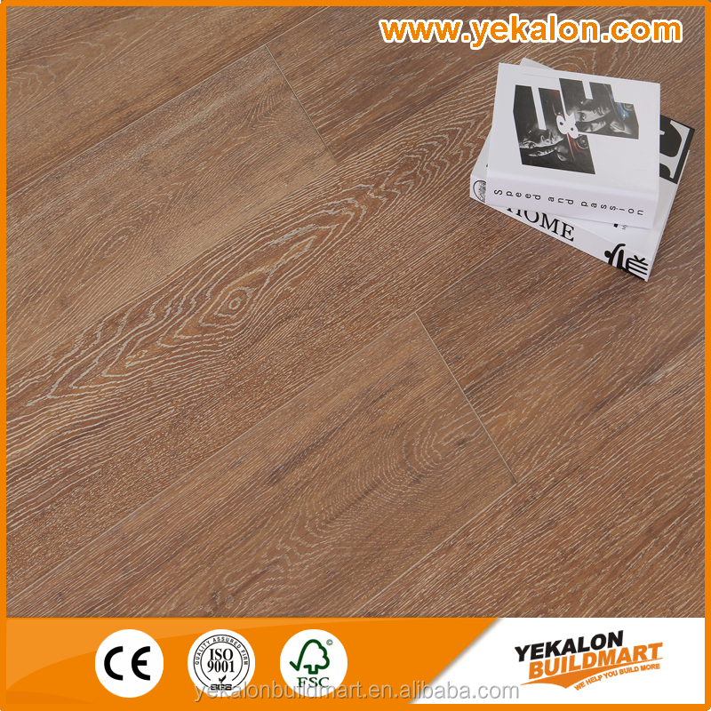 Oak grain natural oak color with white brushed14mm Tap&Go locking solid strand woven bamboo flooring
