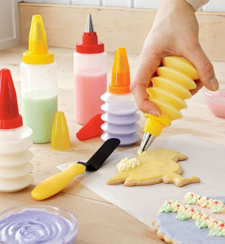 Cupcake Decorating  Squeeze Bottle Dispenser Baking Tools 100% Food Grade Plastic  DIY Cookie Cake
