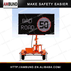 Solar Powered Outdoor LED Display Sign Message Board Road Traffic Variable Message Signs Trailer Sign