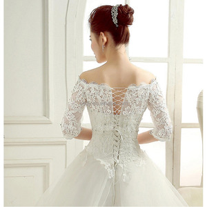 New spring coming Bridal Bolero Elegant Charming Tulle Jacket With Lace Appliques Wedding Accessories