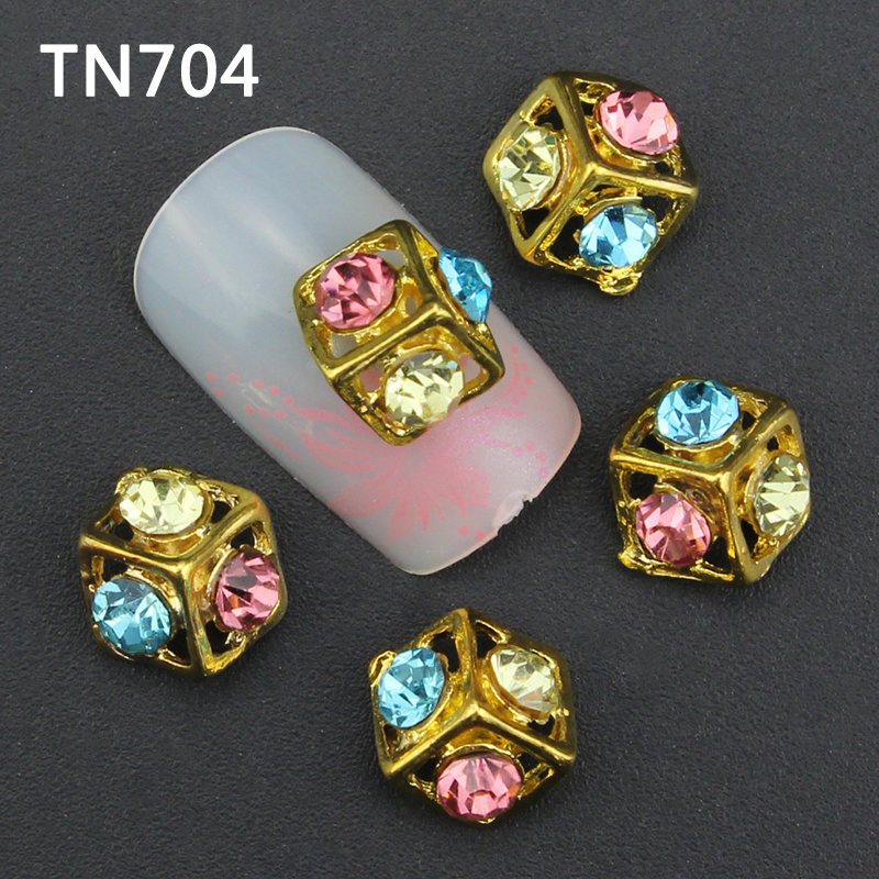 10pcs Glitter Golden Rhinestones 3d Nail Art Decorations Alloy Nail Sticker Charms Jewelry for Nail Gel